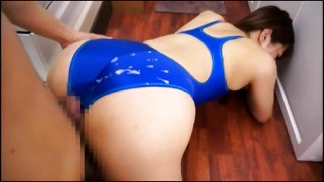 serie leda sobre la ver sexo latino rodilla
