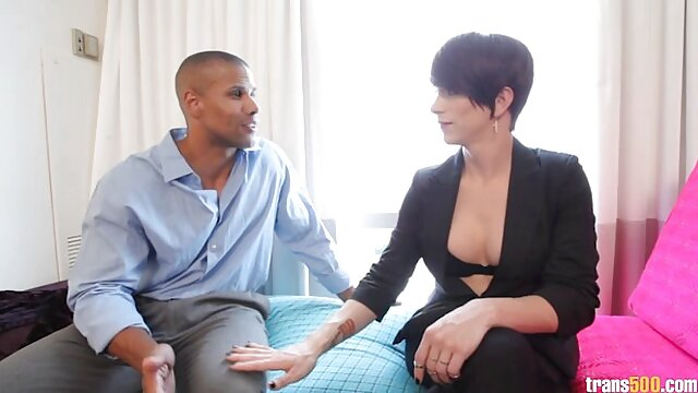 Pareja amateur caliente follando duro para las cámaras ver sexo latino