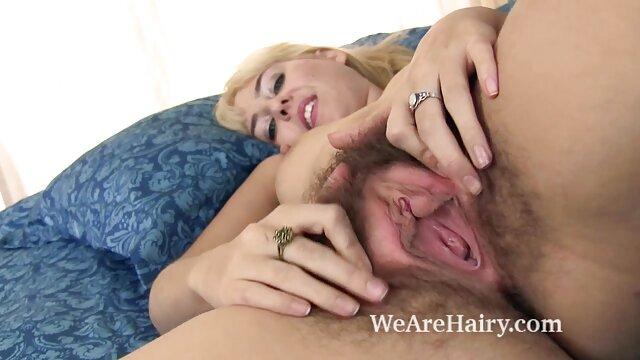 La peluda tetona carley sexo entre hermanos latinos kaleb