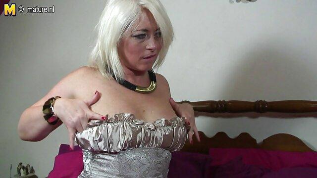 Desnuda, atada videos amateur latino desnuda y follada