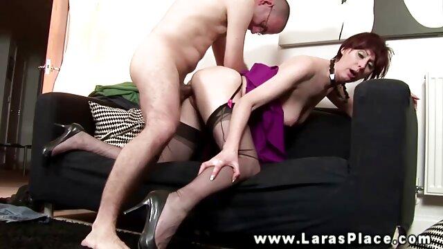 Puma de grandes tetas muestra su cuerpo sexy xxx latino maduras