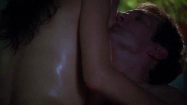 ¡La diversión anal de Claudia, amateur porn latino Nikki y Stacy!