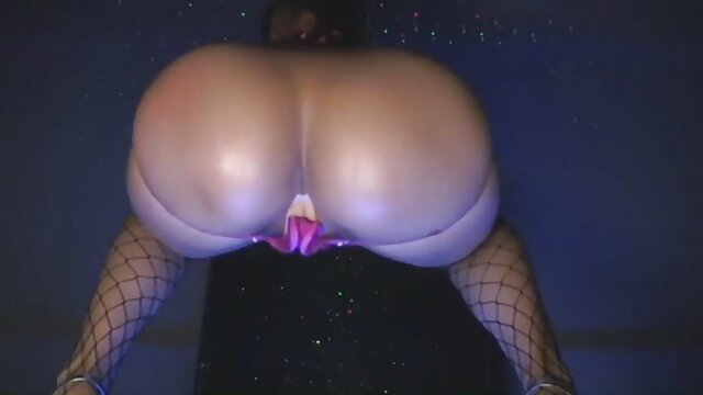 Follando videos de sexo latino gratis mi consolador hasta un fuerte orgasmo