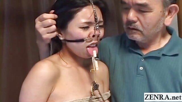 Puta madura mayor se extiende sexcam latino coño se la follan