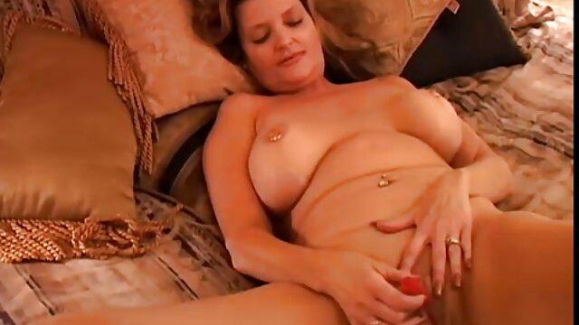 Jennifer Avalon - Bañera sexo latino hd