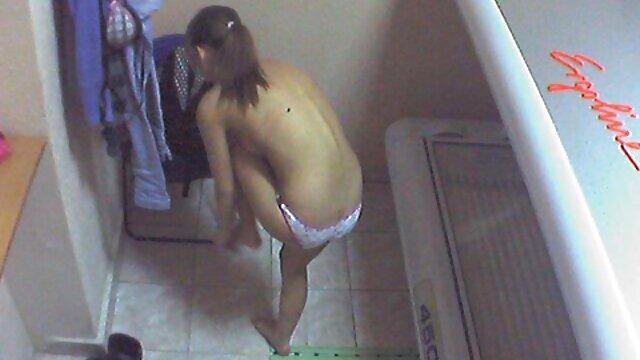 Rita Faltoyano hace una mamada y una teta al estilo POV sexo amateur latino - DG37