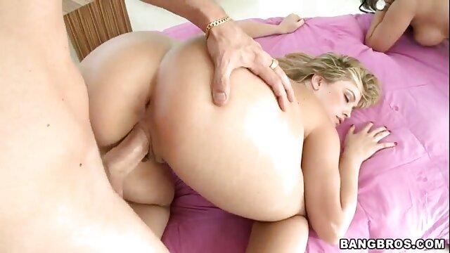 Caliente peludo squirting maduro con sexo de latinos consolador