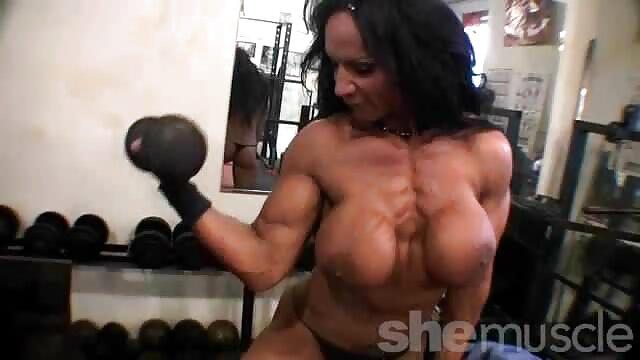 Dolly Buster - Venecia Calling videos de sexo gratis latino