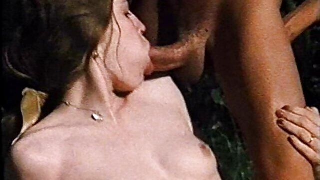 Pareja sexo latino amateur rusa madura en casa 4